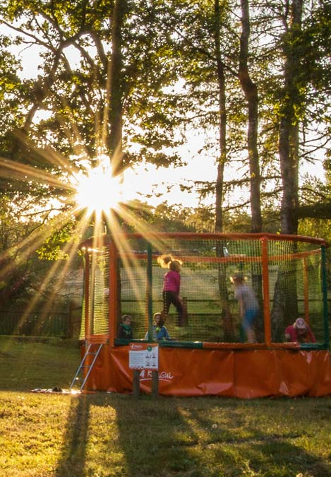 chateau gonflable enfants camping